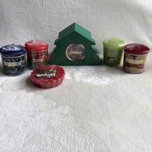 Yankee Candle Assorted Candles and Holder